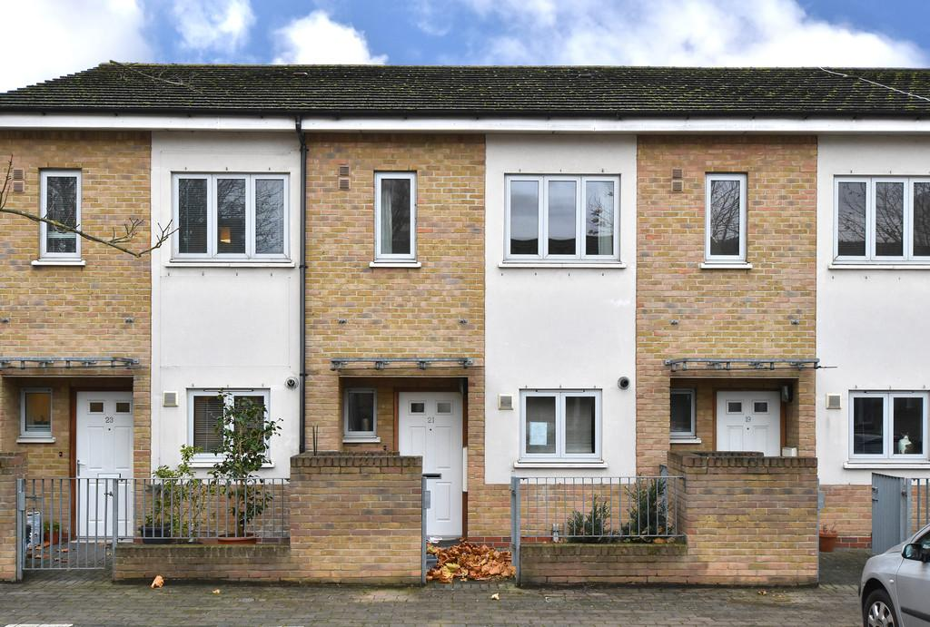 2 Bedrooms Terraced House for sale in Odell Walk SE13