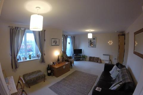 2 bedroom apartment to rent - Knightsbridge Court, Gosforth