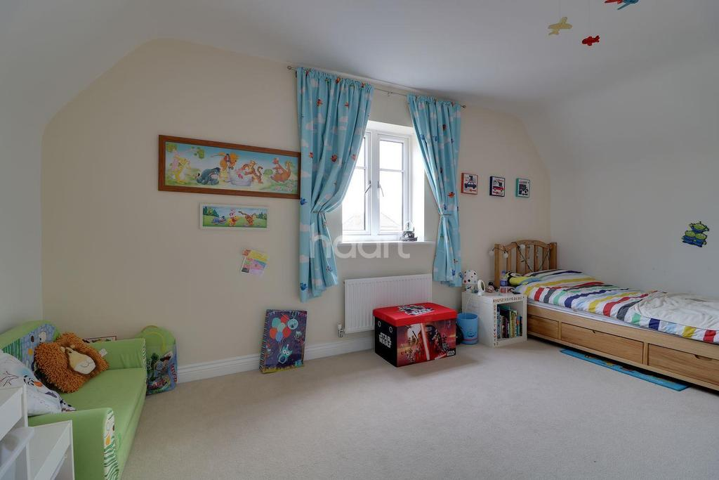 4 Bedrooms Detached House for sale in Fitzgerald Road Northampton
