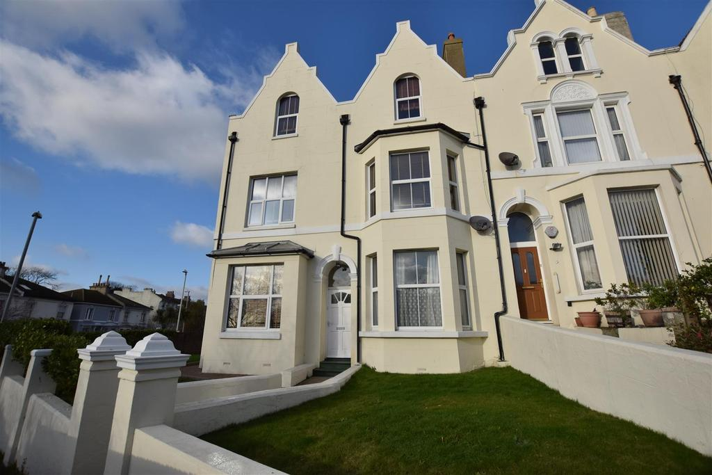 6 Bedrooms End Of Terrace House for sale in Mount Pleasant Crescent, Hastings