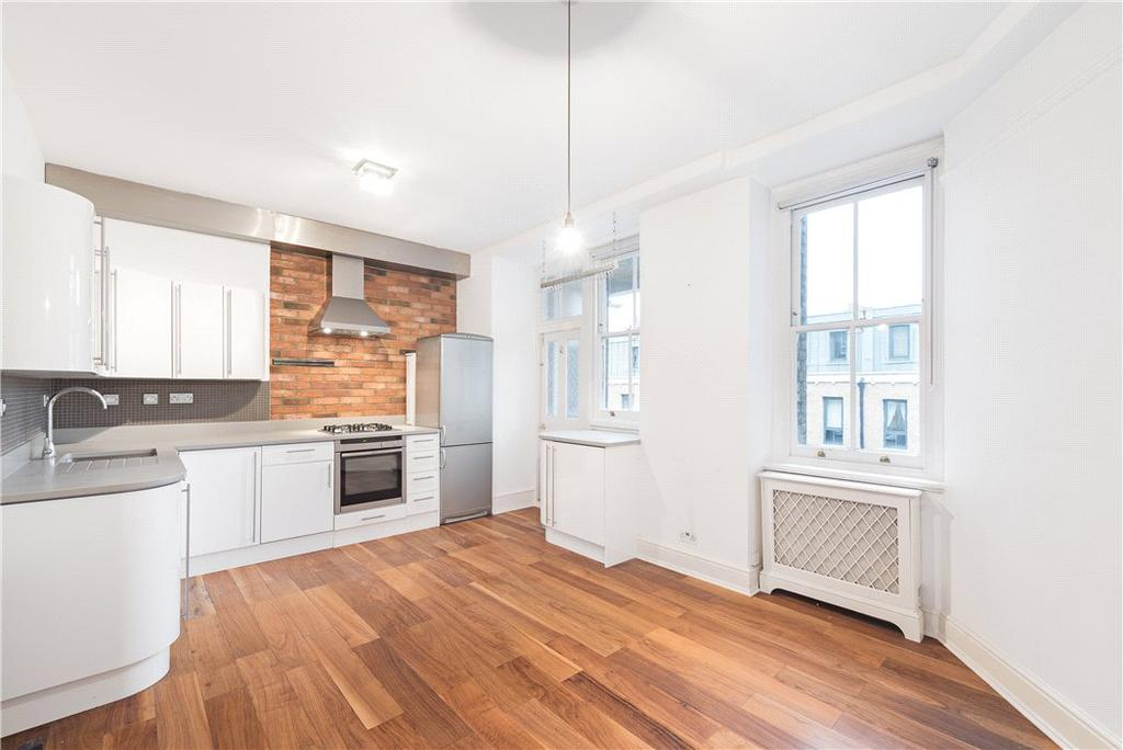 3 Bedrooms Flat for sale in Clarence Gate Gardens, Glentworth Street, London, NW1
