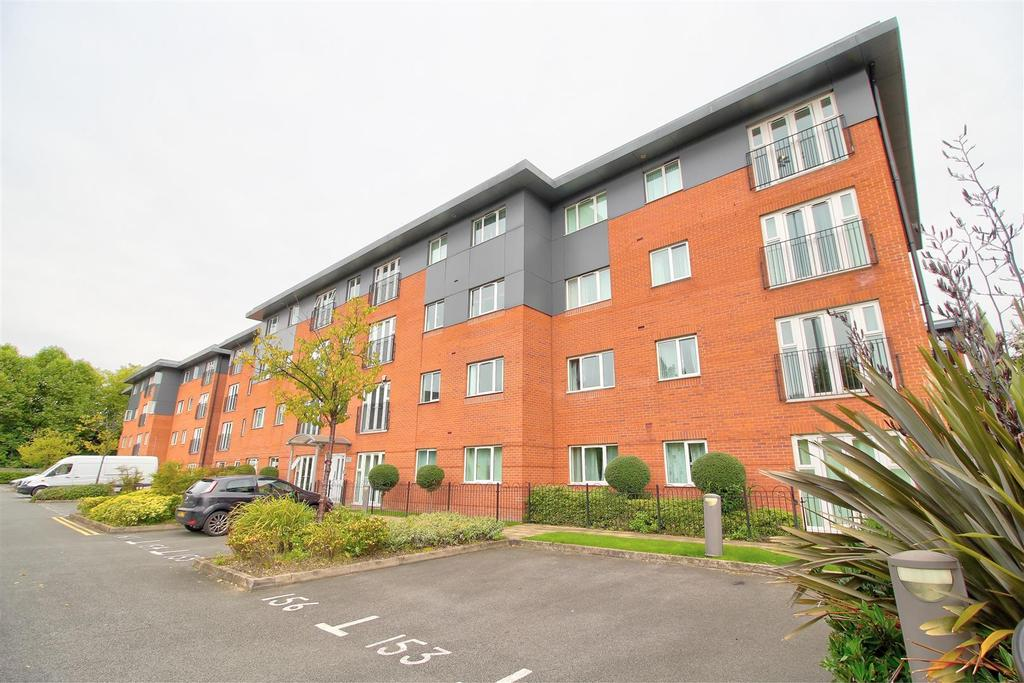 2 Bedrooms Apartment Flat for sale in Conisbrough Keep, City Centre, Coventry