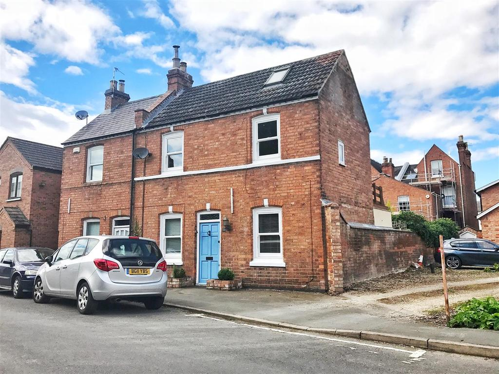2 Bedrooms Cottage House for sale in New Street, Leamington Spa