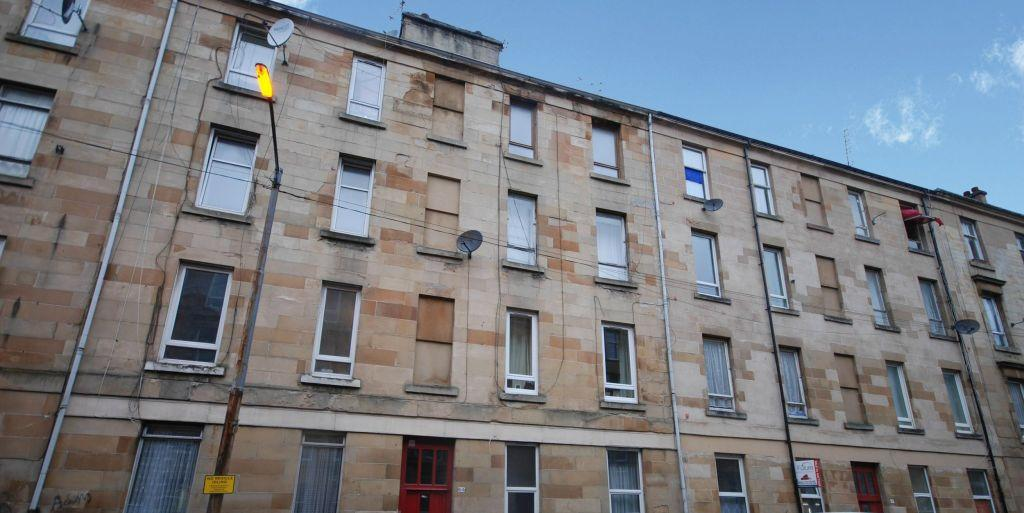 2 Bedrooms Flat for sale in 3/1, 64 Westmoreland Street, Govanhill, Glasgow, G42 8LQ