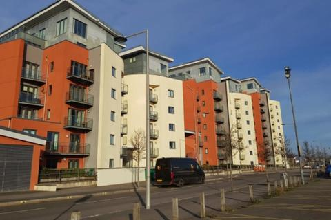 2 bedroom apartment to rent - South Quay, Kings Road, Swansea. SA1 8AJ