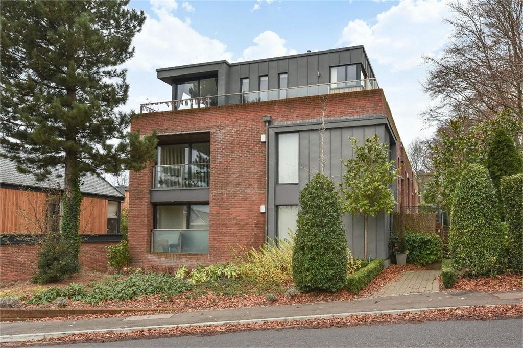 2 Bedrooms Flat for sale in Winchester, Hampshire