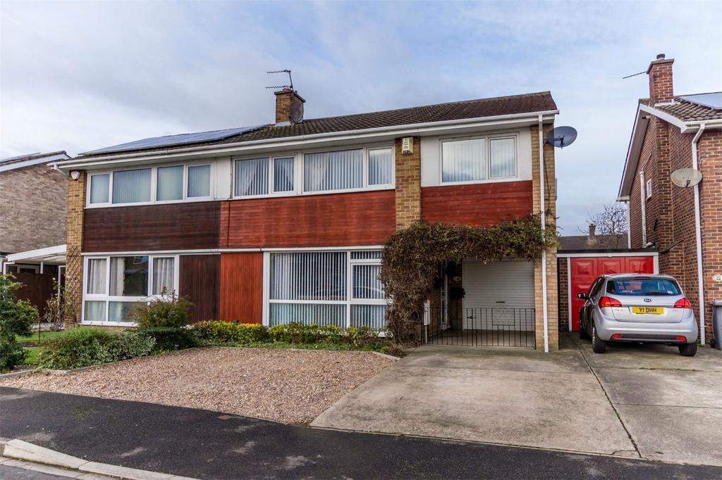 5 Bedrooms Semi Detached House for sale in Huntsmans Walk, YORK
