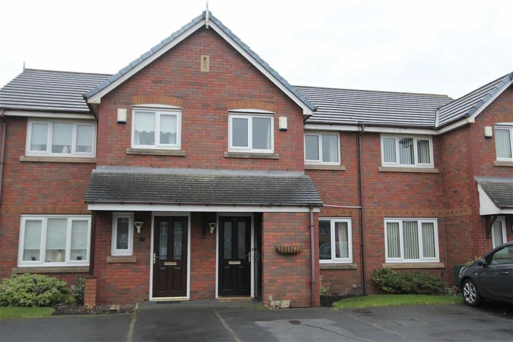 2 Bedrooms Terraced House for sale in East Gate Close, Lytham St Annes, Lancashire