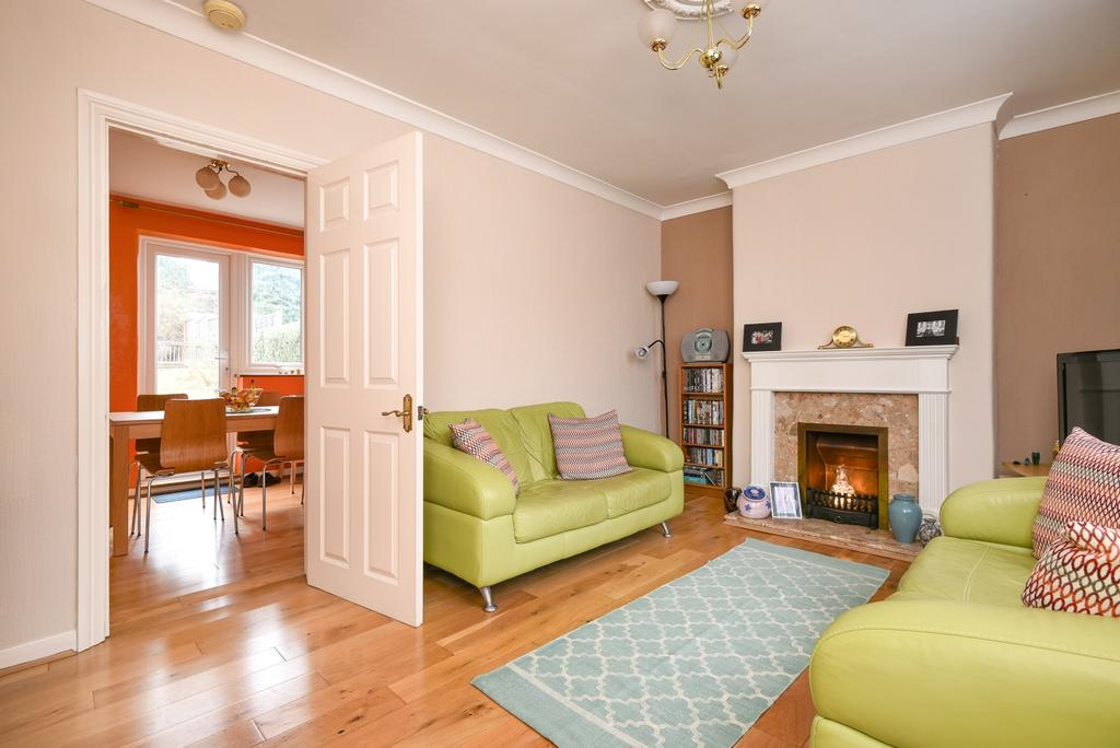 3 Bedrooms Terraced House for sale in Oakhouse Road Bexleyheath DA6