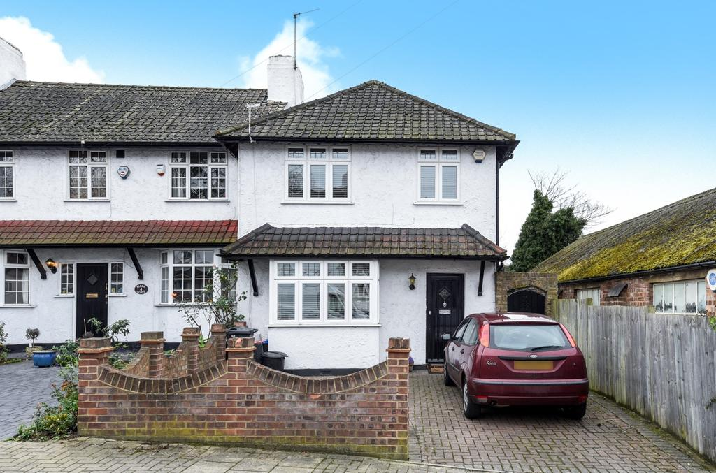 3 Bedrooms House for sale in Ellen Close Bromley BR1