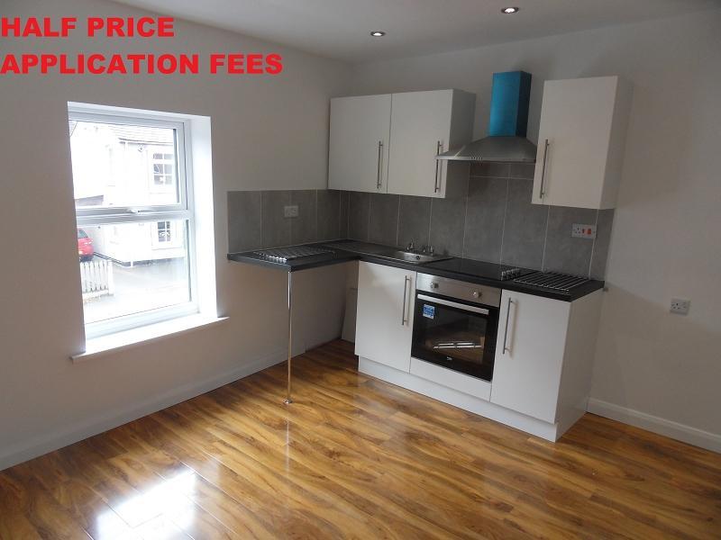 1 Bedroom Flat for rent in Derby Road, Ripley, Derbyshire. DE5 3HS