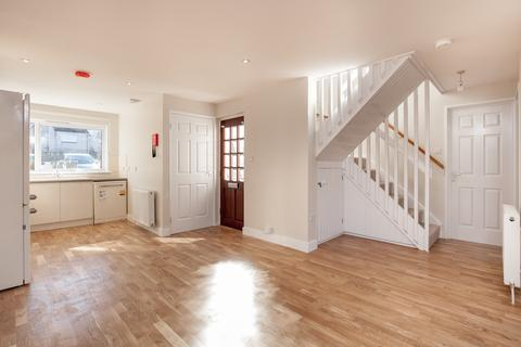 3 bedroom house to rent - Bughtlin Green, Edinburgh,
