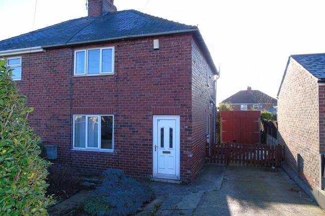 3 Bedrooms Semi Detached House for sale in 14 Wentworth Road, Darton, Barnsley, S75 5LB