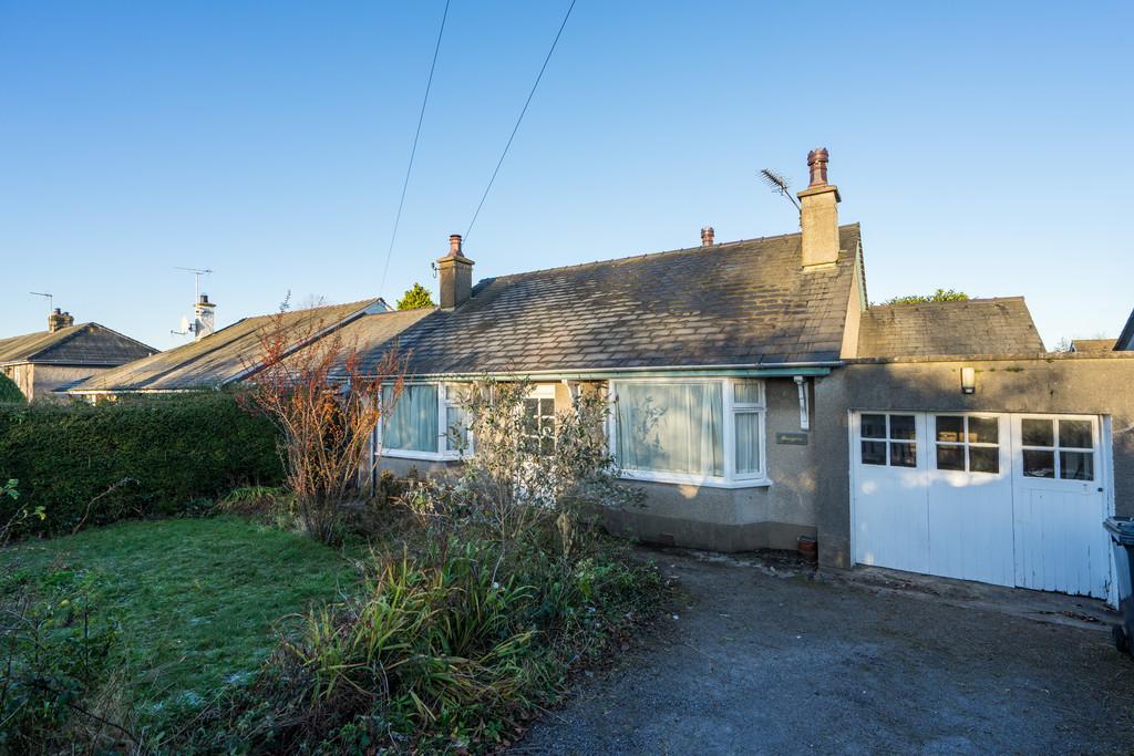 2 Bedrooms Detached Bungalow for sale in Maryvale, Green Lane, Allithwaite, Grange-Over-Sands, Cumbria, LA11 7QP