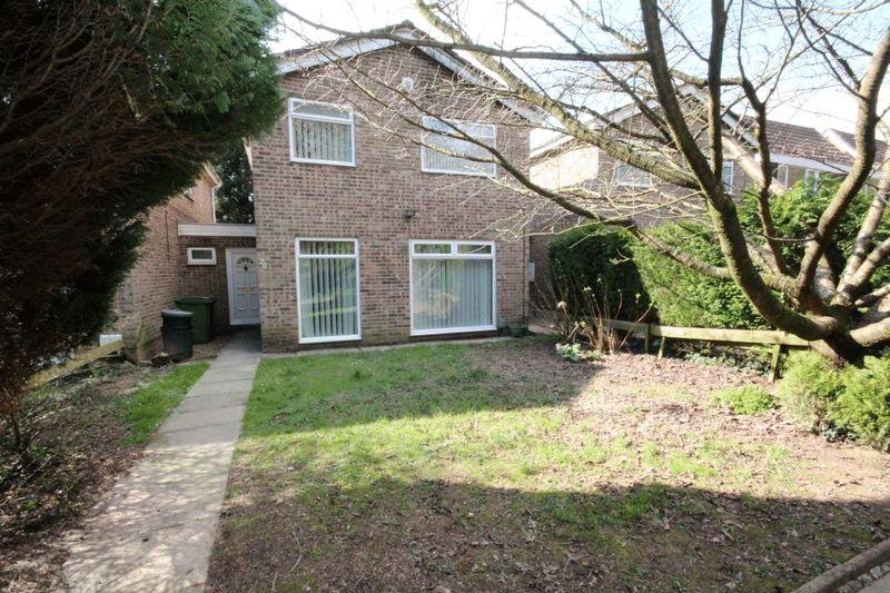 3 Bedrooms Detached House for sale in Waun Fach, Pentwyn
