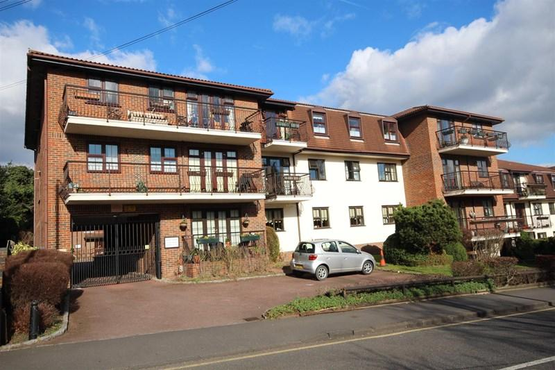 2 Bedrooms Retirement Property for sale in Ascot Court, Parkihill Road, Bexley, DA5 1HS