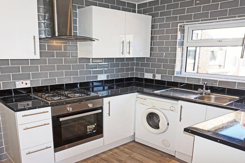 2 Bedrooms Apartment Flat for sale in Montpelier Avenue, Bexley