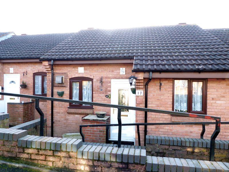 2 Bedrooms Bungalow for sale in Gorstie Croft, Great Barr