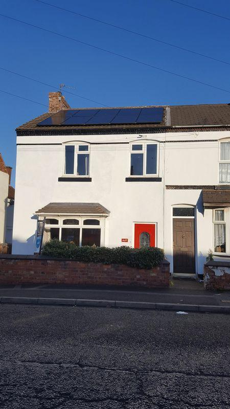 4 Bedrooms Terraced House for sale in Dumblederry Lane, Aldridge