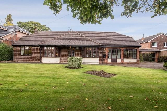 3 Bedrooms Detached Bungalow for sale in 60 Sneyd Lane, Essington