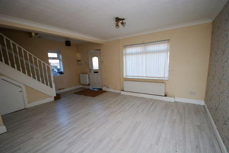 3 Bedrooms Semi Detached House for sale in Birkhall Road, Middlesbrough