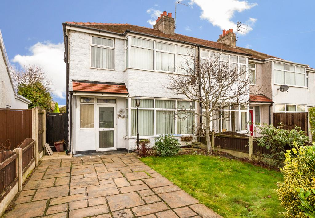 3 Bedrooms Semi Detached House for sale in Lawsons Road, Thornton Cleveleys