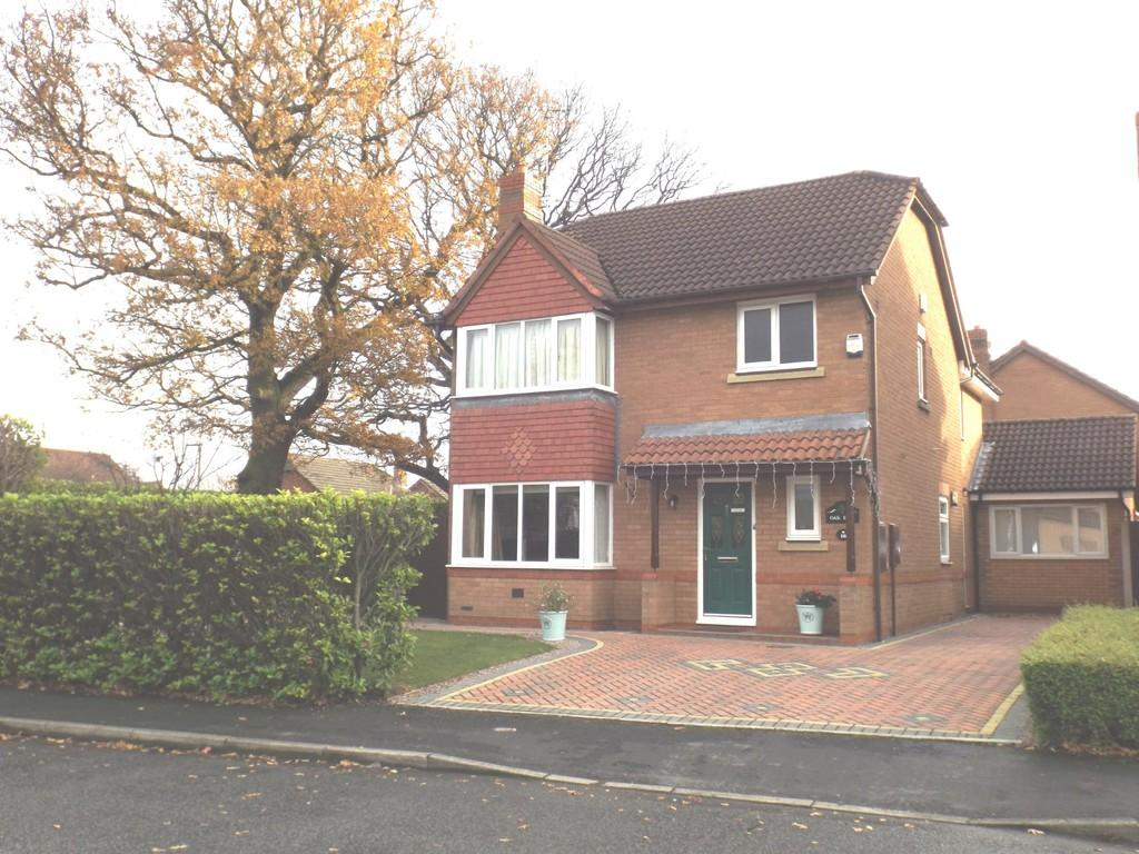 5 Bedrooms Detached House for sale in Millrace Drive, Wistaston