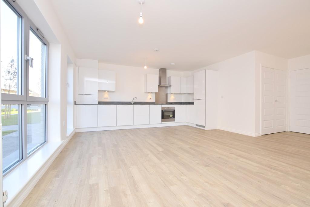 2 Bedrooms Apartment Flat for rent in Londinium Road, Colchester, Essex