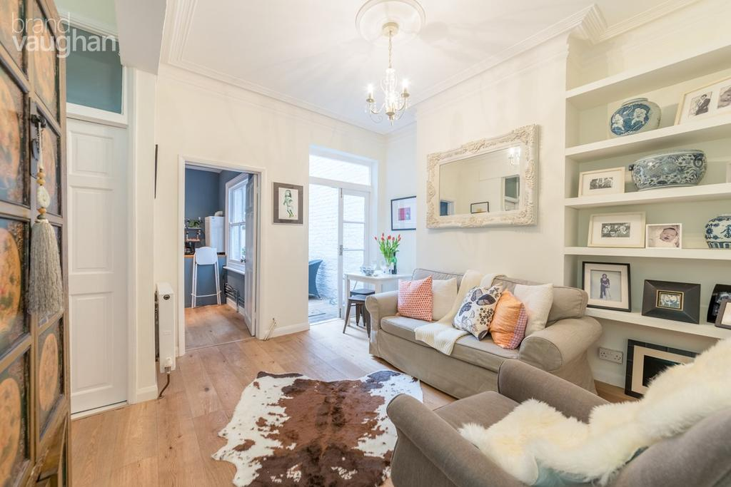 2 Bedrooms Ground Flat for sale in Bath Street, Brighton, BN1