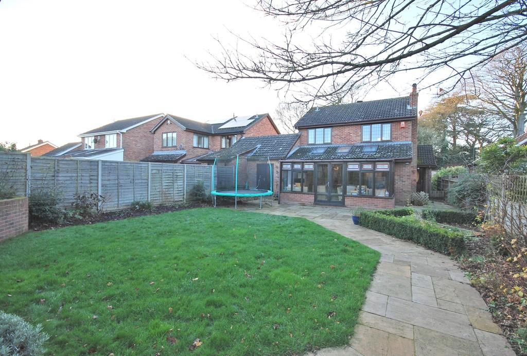 4 Bedrooms Detached House for sale in Long Lane, Mulbarton
