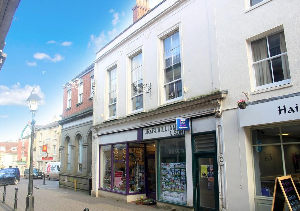 2 Bedrooms Apartment Flat for sale in High Street, Shepton Mallet