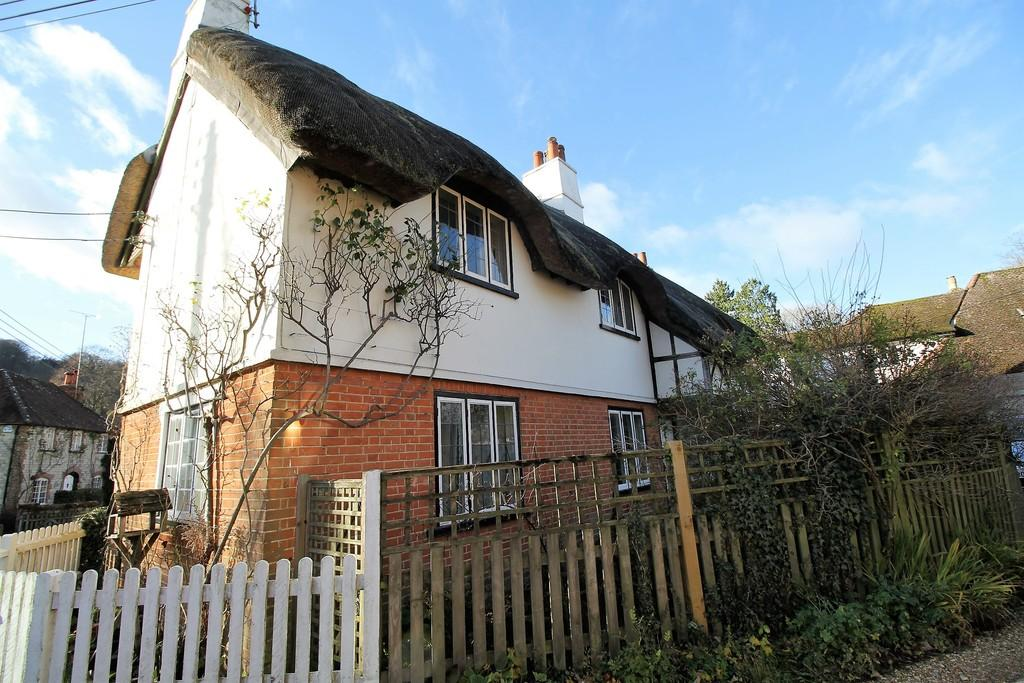 2 Bedrooms Semi Detached House for sale in Gracious Street, SELBORNE, Hampshire