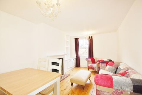 2 bedroom flat to rent - Northcote Road, Battersea