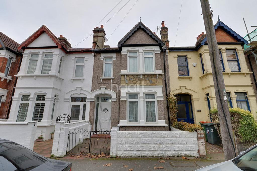 3 Bedrooms Terraced House for sale in Strone Road, Manor Park