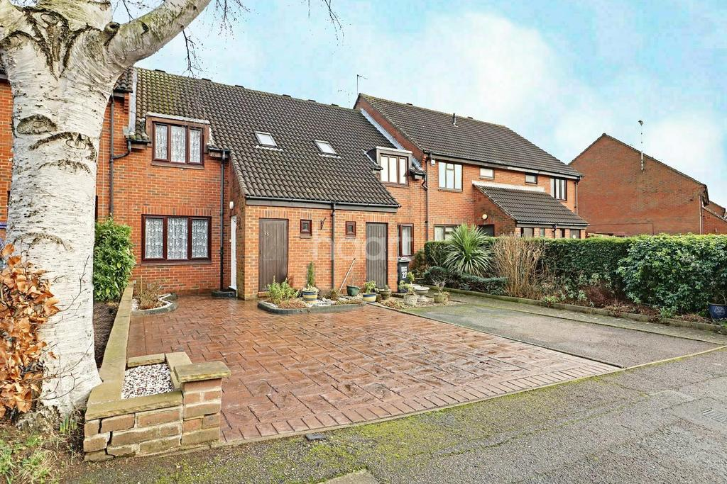 3 Bedrooms Terraced House for sale in Dalewood