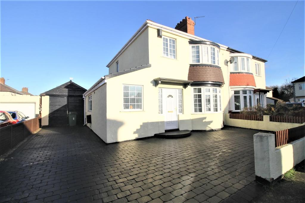 4 Bedrooms Semi Detached House for sale in Denholme Avenue, Stockton-On-Tees