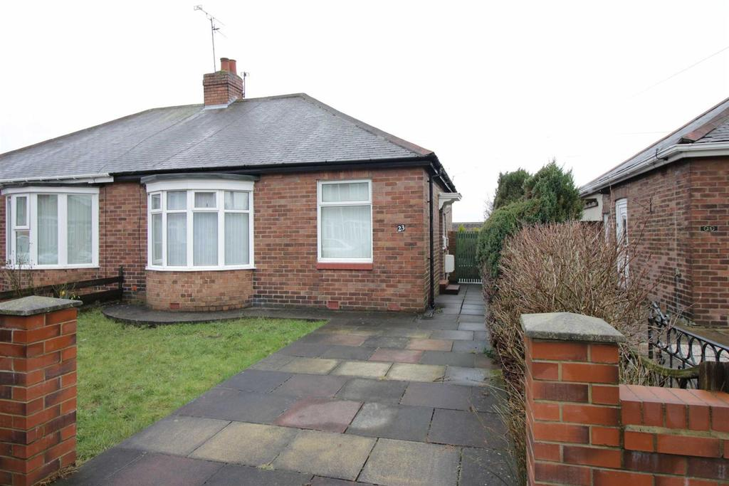 2 Bedrooms Semi Detached Bungalow for sale in Firtree Avenue, Forest Hall, Newcastle Upon Tyne