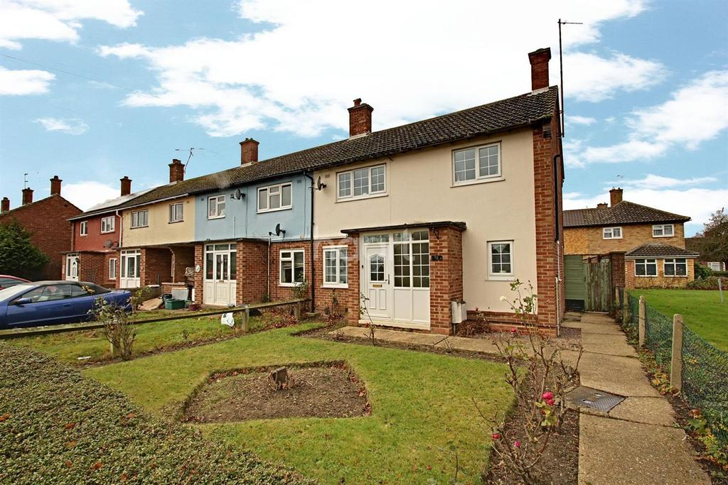 3 Bedrooms End Of Terrace House for sale in Almond Way, Colchester