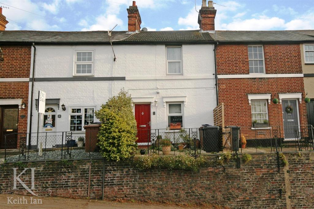 2 Bedrooms Terraced House for sale in Musley Hill, Ware