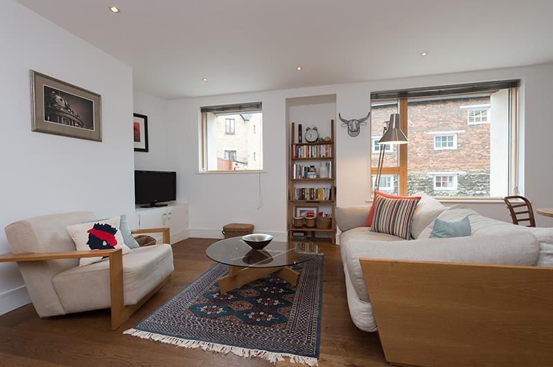 2 Bedrooms Apartment Flat for rent in Tidmarsh Lane, Oxford