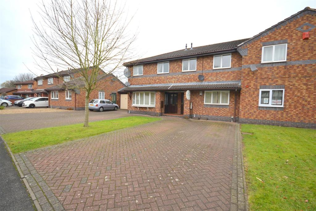 2 Bedrooms Flat for sale in Tolkien Way, Hartshill, Stoke-On-Trent