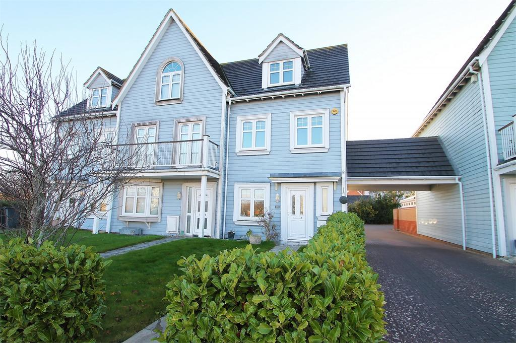 3 Bedrooms End Of Terrace House for sale in David Newberry Drive, Lee-on-the-Solent, Hampshire