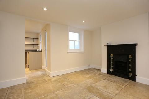2 bedroom terraced house to rent - Castle Street, Brighton