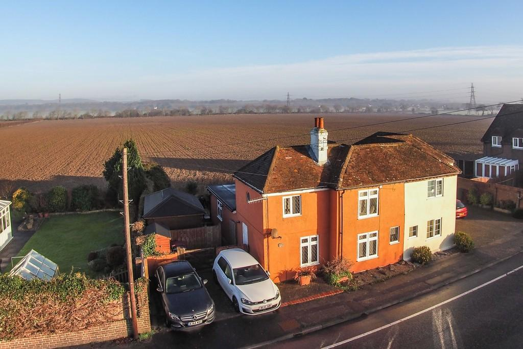 3 Bedrooms Cottage House for sale in Fishbourne, Chichester