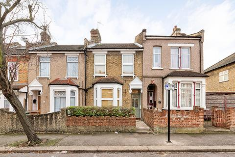 3 bedroom terraced house to rent - Bramley Close, Higham Hill, London