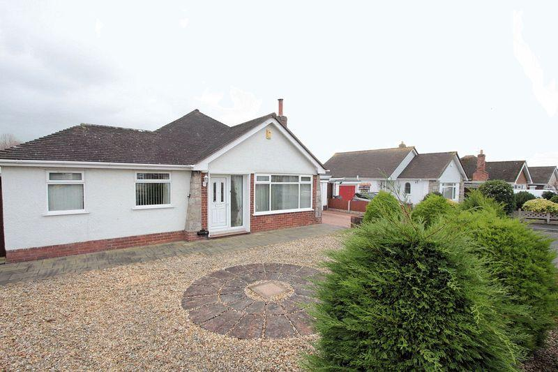 3 Bedrooms Detached Bungalow for sale in Trevor Avenue, Rhuddlan