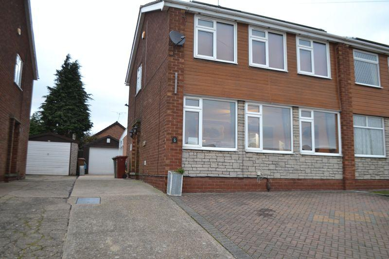3 Bedrooms Semi Detached House for sale in Stuart Close, Scunthorpe