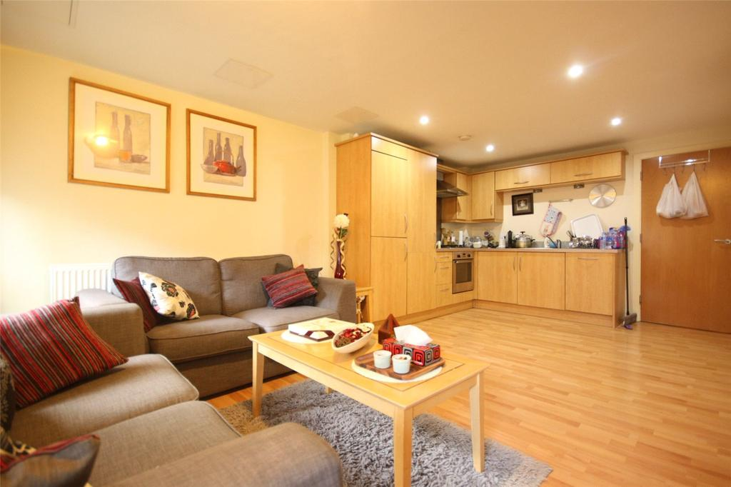 2 Bedrooms Flat Share for sale in The Atrium, Waterfront Plaza, Nottingham, Nottinghamshire, NG2