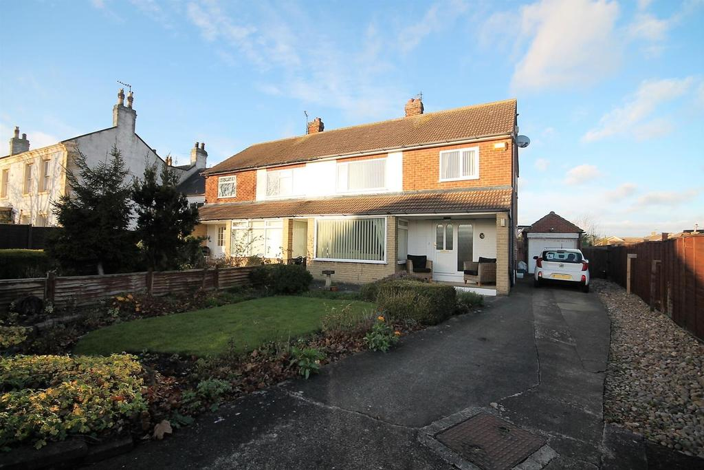3 Bedrooms Semi Detached House for sale in Whitehouse Drive, Stockton-On-Tees