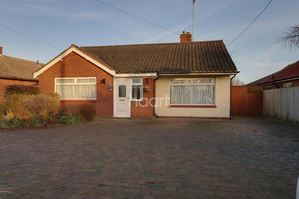 3 Bedrooms Bungalow for sale in Bell Lane
